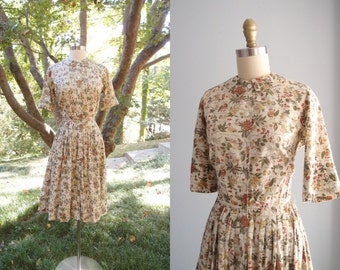 1950s Dress / Botanical tree print fit and flare full skirt 3/4 or cuffed sleeves Shirtwaist Dress ...26 waist