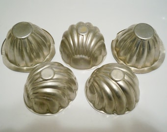 Food / jello molds - Vintage kitchen lot of 5 - utensil collectibles - cheesegrits