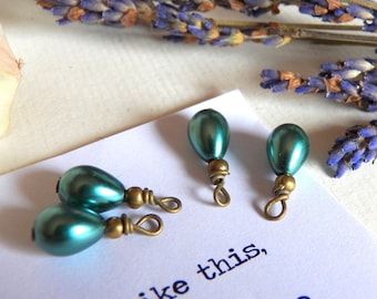 Vintage Style, Emerald Green Glass Pearl Dangles, Antique Brass Wire Wrapped Charms, Teardrop Supplies, Beads, Jewelry Making, Pendants