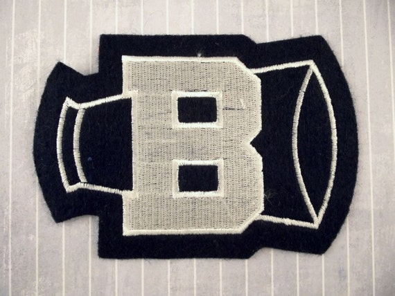 Large 475 felt embroidered iron on sew on varsity for Felt iron on letters for clothing