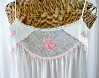 Nightgown Deena White Pink U.S.A. Made 60's Small