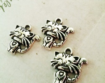 3 Cat Charms Antiqued Silver Findings Jewelry Making Scrapbooking 3 Pieces Feline Kitty Animal Cute Charms Pendants