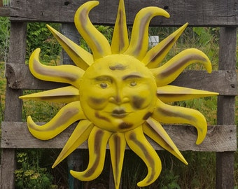 Large Metal Sun Wall Art Yellow and Antique Brasss Garden Decor Metal Sun Face Decor Metal Garden Wall Hanging Wall Decor Sun Face wall art