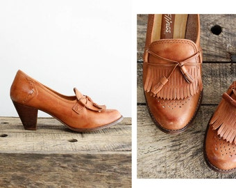 70s Fringe Heels 7 • Camel Leather Stacked Heels • Tan Leather Heels • Leather Pumps   SH230