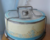 Very Vintage Metal Cake Tin Carrier Server ~ Wire Holder ~ Distressed