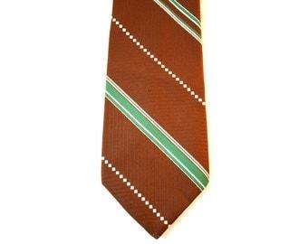70s Men's Tie - Brown & Kelly Green Polyester Tie - Diagonal Striped 1970s Neckwear - Wide Width Necktie - Wemlon by Wembley - 37195