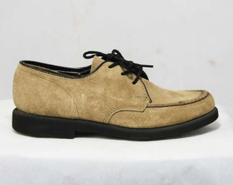 Size 13 Boys Shoes - Authentic 1960s Beige Suede - Child Size 13W - Boy's Authentic Leather Oxford Style Shoe - Deadstock in Box - 45948-1