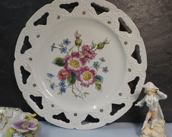 Antique Ribbon Display Plate