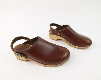 VINTAGE Clogs Brown Leather Wood Size 6