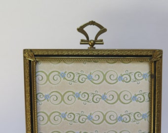 Ornate Stamped Brass Mid centrry Chic 5 x 7  Brass Picture Frame Velvet Easel Back