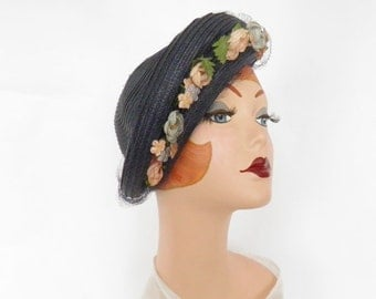 Vintage 1930s tilt hat, navy blue with flowers, veil. Julian
