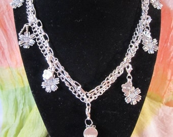 Flowers Charm Necklace with Bracelet