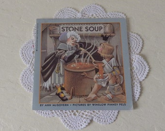 Scholastic Booklet:  STONE SOUP, 1986. Delightful Illustrations for this Classic Story.