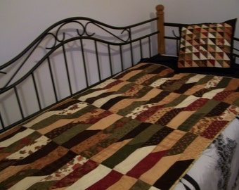 Fall leaves handmade quilt with matching pillow