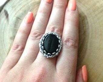 Onyx Ring // Jet black ring // Onyx gemstone ring