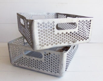 Vintage Aluminum Trays Box Crate  //  Vintage Industrial Metal Basket