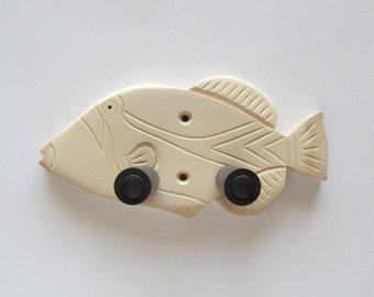 Do it yourself ukulele wall mount hanger, Humuhumunukunukuapua'a