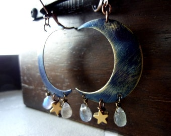 HECATE - Indigo Crescent Moon Faceted Labradorite Briolette with Matte Gold Star Earrings