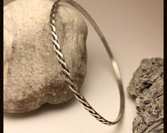 Twisted wire patterned bangle bracelet, made to order