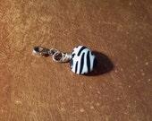Black And White Zebra Stripe Glass Heart Bead Pendant Add On Zipper Pull Hand Wired 3/4 [20mm] Inches Handmade