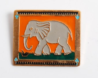 Vintage big metal pin, Elephant. Badge from USSR.