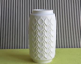 Summersale Vintage White Matte German Vase by Kaiser with Hearts Pattern