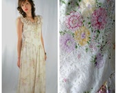 ON SALE 50% Vintage 60s Floral PRAIRIE Gypsy Low Back Lace Maxi-Dress. (Extra Large)