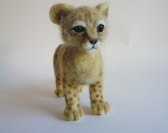 Needlefelted Animal/Needle Felted Baby lion/Felted Baby lion/ Baby lion's miniature/ Made to order/Custom Miniature Sculpture of your pet