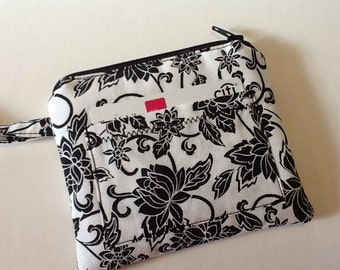 White and Black Wristlet, Zippered Pouch, Fabric ID Credit Credit Card Holder