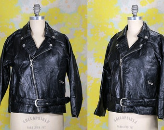 Vintage 1970's 70's Black Leather Motorcycle Jacket Ladies Women's Zip Up Rocker Hipster Grunge with Belt Women's XS SMALL Genuine Leather