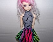 Pullip clothes - black and neon striped pleated skirt