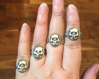 Stacking skull ring, skull statement ring, unisex skull ring, goth ring, pirate ring