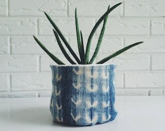 Reversible Vintage Mudcloth Plant Cover -  Indigo Textile Planter - Bohemian Fabric Plant Holder