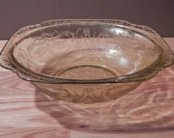 Vintage Federal Glass Madrid Collection Medium Serving Bowl Amber