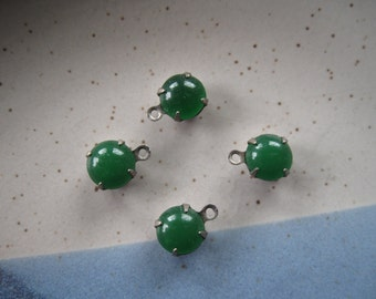 4 Round Green Drops