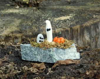 Mini Halloween Scene, Glass Pumpkin/Ghost/Tombstone, Marble, Ready to Ship