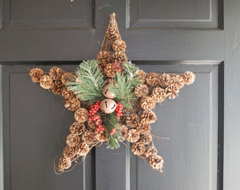 "Pinecone Star Christmas Wreath 18"" natural Bell Door"