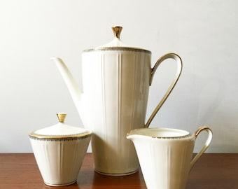Vintage Stacking Coffee Mugs, Nesting Cups, Glazed Brown Ceramic Floral Design