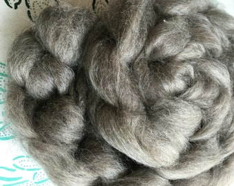 Organic Mohair Roving, Natural Gray, 4 oz, Undyed, Natural Color, American Raised, Spinning, Blending, Felting, Photo Prop, Wool Braid