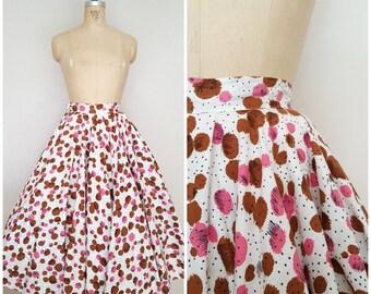Vintage 1950s Circle Skirt / Big Circle Print / Pink and Brown / XS