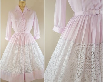 Vintage 1950s Cotton Day Dress / Long Sleeves / Lavender / Shirtwaist Dress / Small Medium