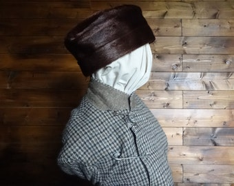 Vintage English metalic brown cow hide fur hat woman ladies unisex size l circa 1950-60's / English Shop