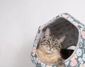 Modern cave style kitty bed made of cotton fabric in grey, turquoise and coral - The Cat Ball pet bed in Abstract Fall Flower print