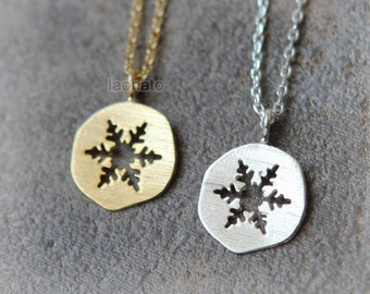 Cutout Snowflake Necklace / choose your color, gold, silver