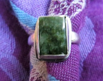 Green Jade Rectangle in Argentium Ring Size 5