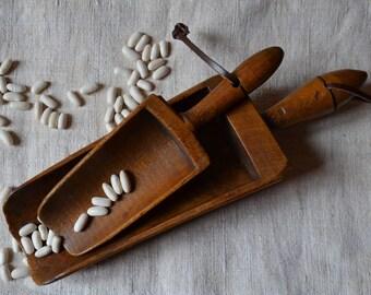 Vintage French Wooden Scoop / grain measure / antique french / antique primitive / farm house