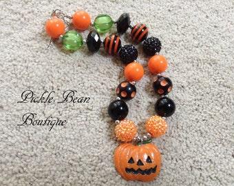 Halloween Necklace, Chunky Necklace, Orange Black Pumpkin Chunky Baby Necklace, Girls Necklace, Girl Bubble Gum Necklace, Bubblegum Necklace