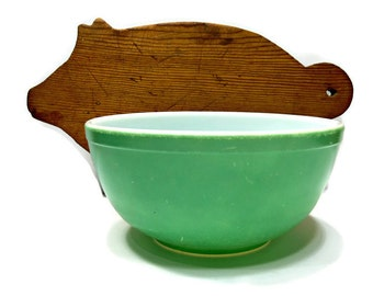 Vintage Green Pyrex T.M. Reg U.S. Pat Off. Mixing Bowl 1940s - Primary Colors Nesting Bowl 2.5 Qt