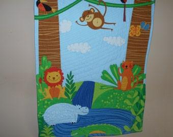 wall hanging, quilt, monkey quilt, jungle quilt, panel quilt