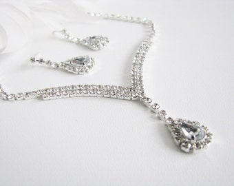 Clear 2 piece set Wedding Necklace Bridal Necklace - Bridal Jewelry - Wedding Necklace - bridal set- Backdrop Bridal Necklace